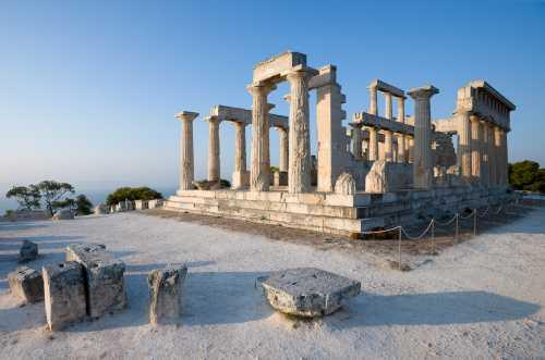 Знаменитые мифические достопримечательности Греции