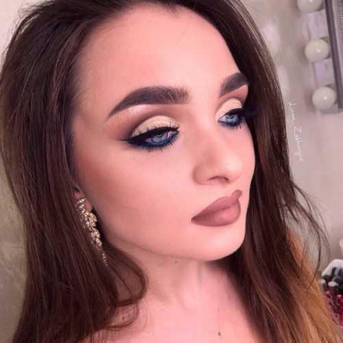 Для женщин: Оцените макияж подписчицы