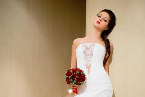 Нюша устроила фотосессию накануне свадьбы