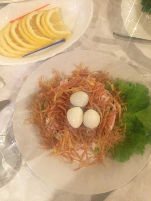 Яйца, фаршированные селёдкой