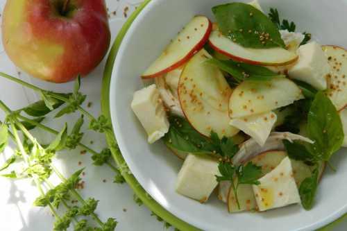 Салаты с яблоками