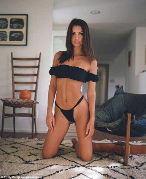 Эмили Ратажковски показала, чем завтракает