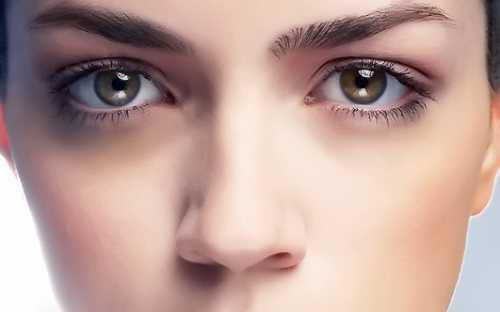 Красивые глазки: почему появляются темные круги и как их убрать