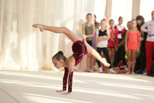 Как стать гимнасткой