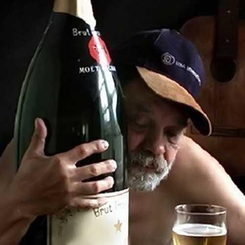 Россияне будут в эти праздники пить значительно